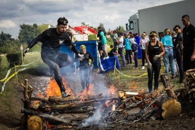 Runamgeddon Classic przeszkoda z ogniem
